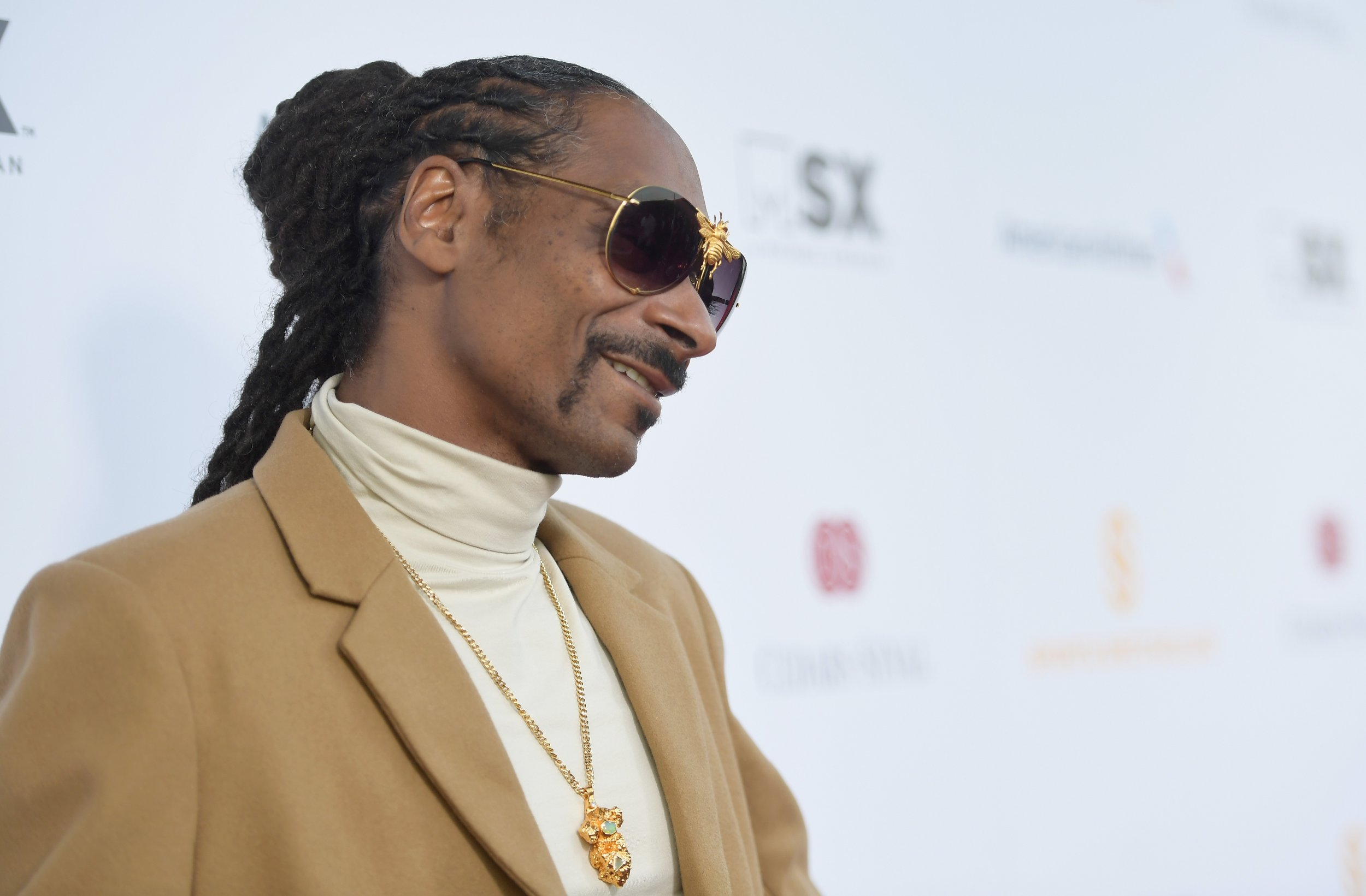 Snoop Dogg says Kanye West is an 'Uncle Tom'