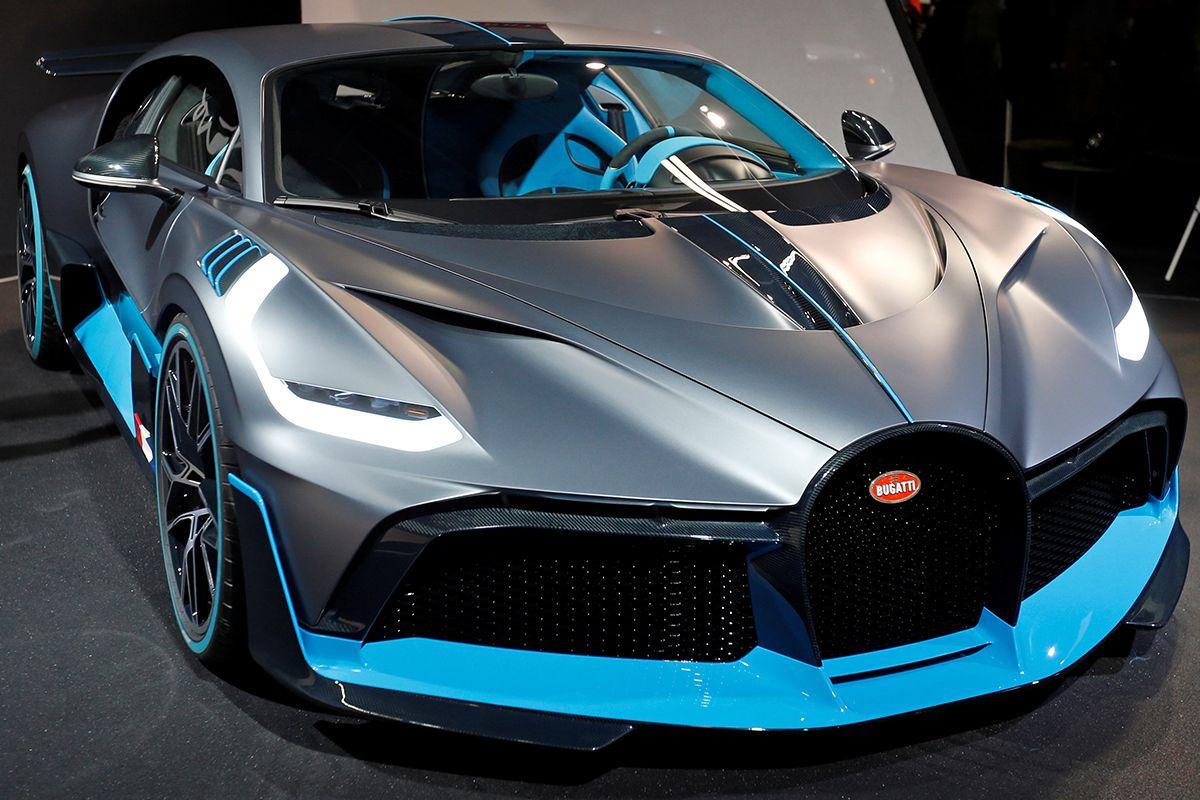 01 Bugatti Divo 2018-10-03T120723Z_122485157_RC1535CB5D40_RTRMADP_3_AUTOSHOW-PARIS