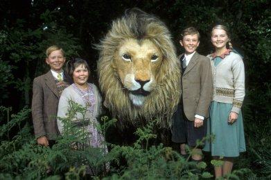 lion-witch-wardrobe-narnia-netflix