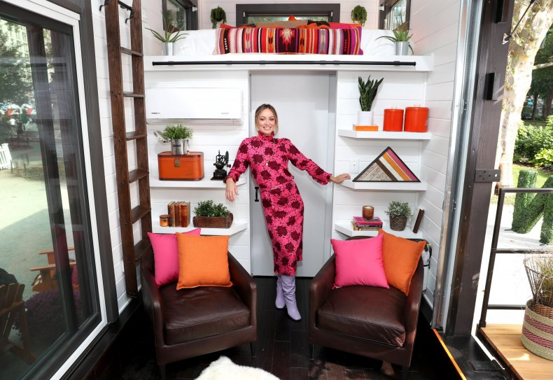 Olivia Wilde Previews Dunkin' Donuts Home