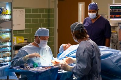 How to Watch 'Grey's Anatomy' Season 15