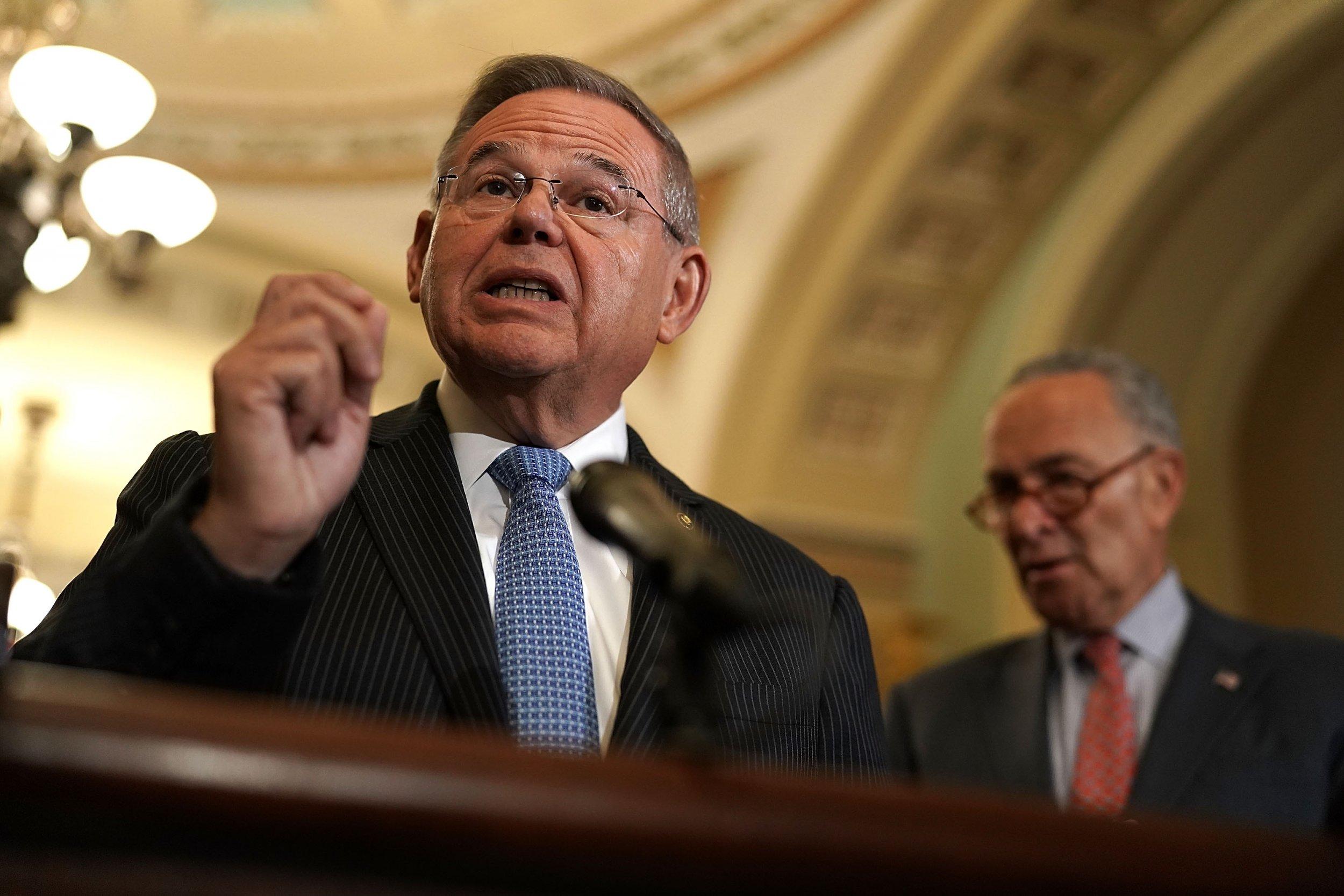 Democratic Senator Calls FBI Report on Kavanaugh 'Bullshit' Investigation