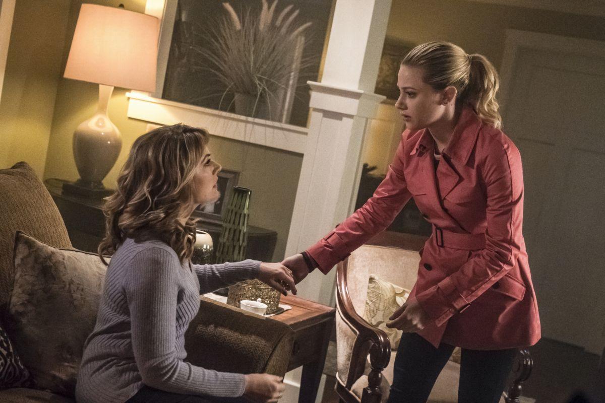 Riverdale Season 3 to Explore 'Mysterious' Cult