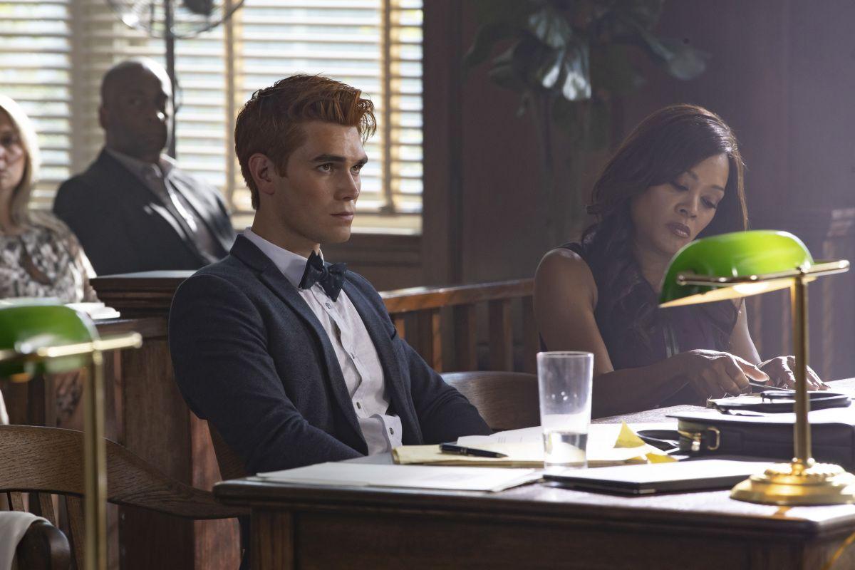 'Riverdale's' KJ Apa Say Jail Was 'Rough' for Archie