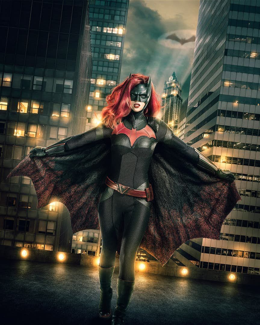 ruby rose batwoman costume arrowverse crossover 2018