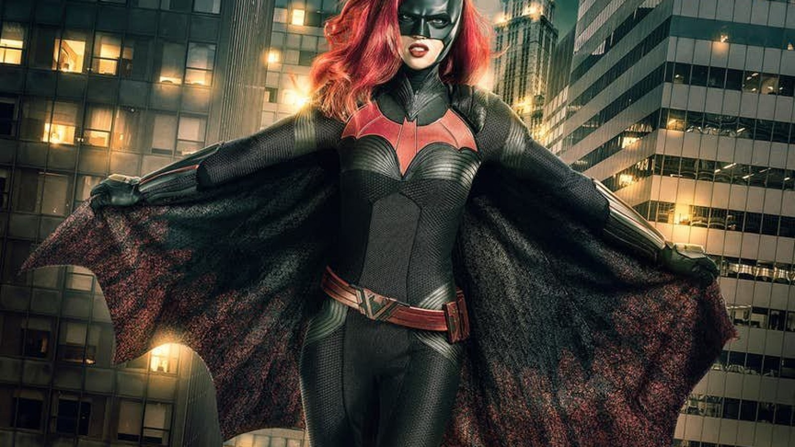 Elseworlds' Crossover: Batwoman Debuts In 'Arrow' Episode