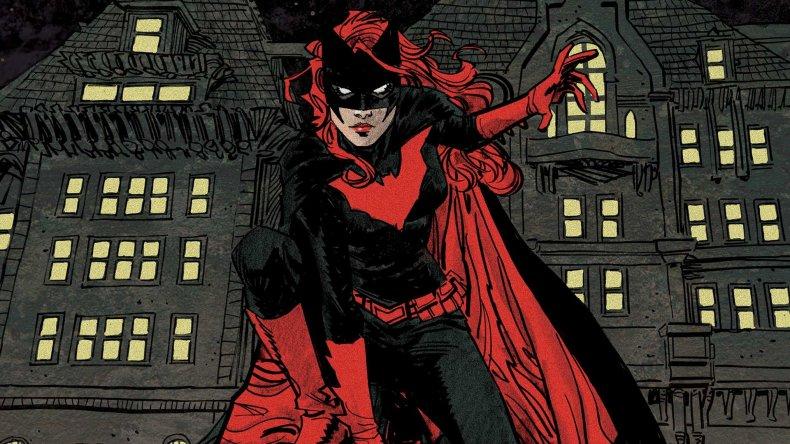 batwoman dc comics costume vs arrowverse