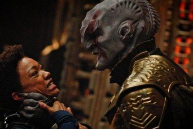 Star-Trek-Discovery-Burnham-vs-Klingon