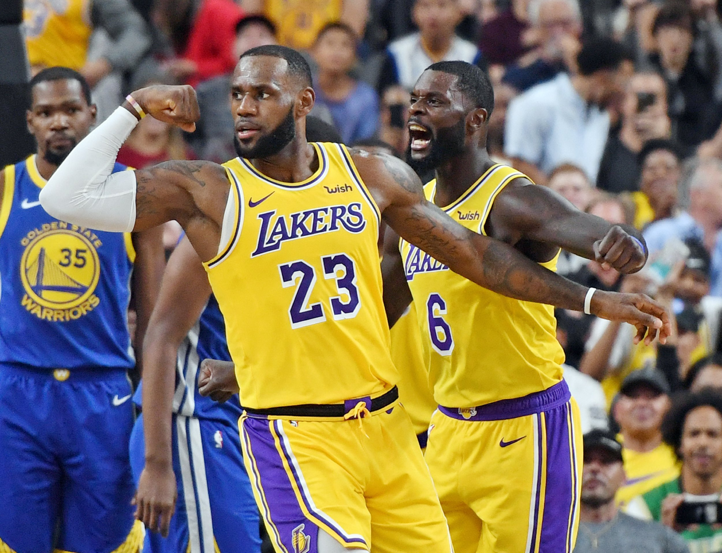 0a232dc8771 Video: LeBron Beats Buzzer from Halfcourt as Lakers Beat Warriors