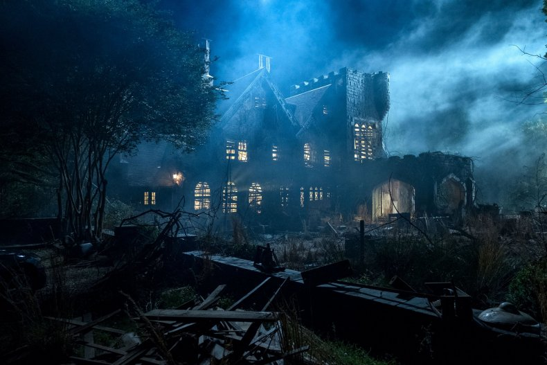 hil-house-haunting-hill