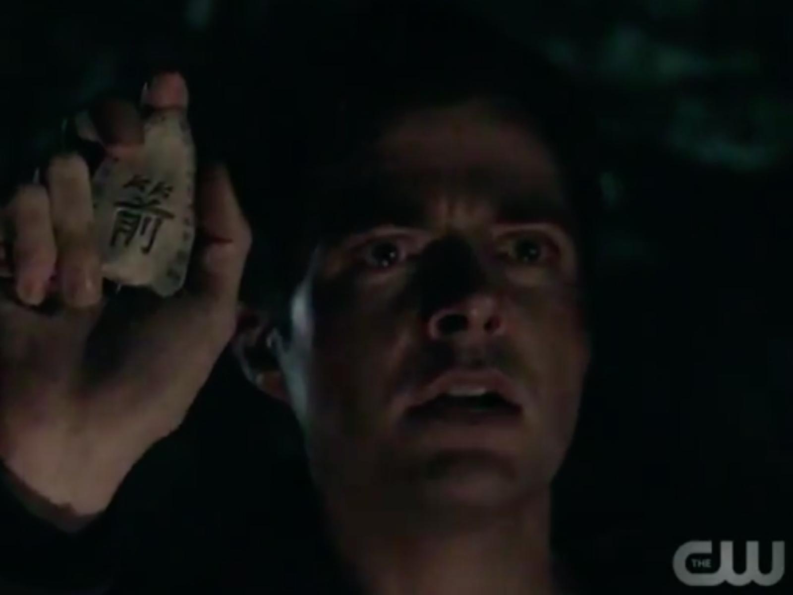 Arrow' Season 7 Episode 1: The Whole Flashforward Thing, Explained