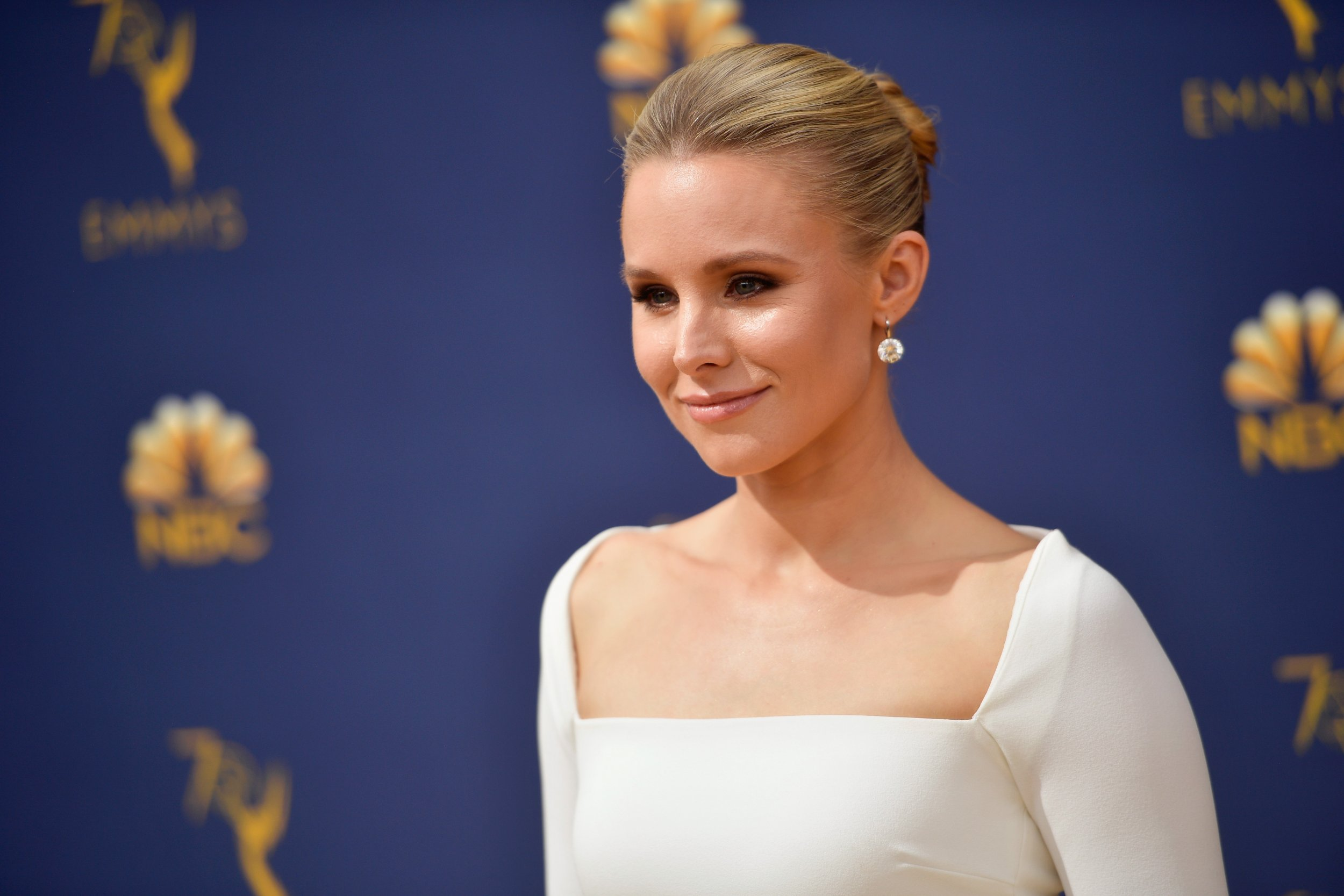 James Woods Questions Kristen Bell's Thoughts on 'Snow White'
