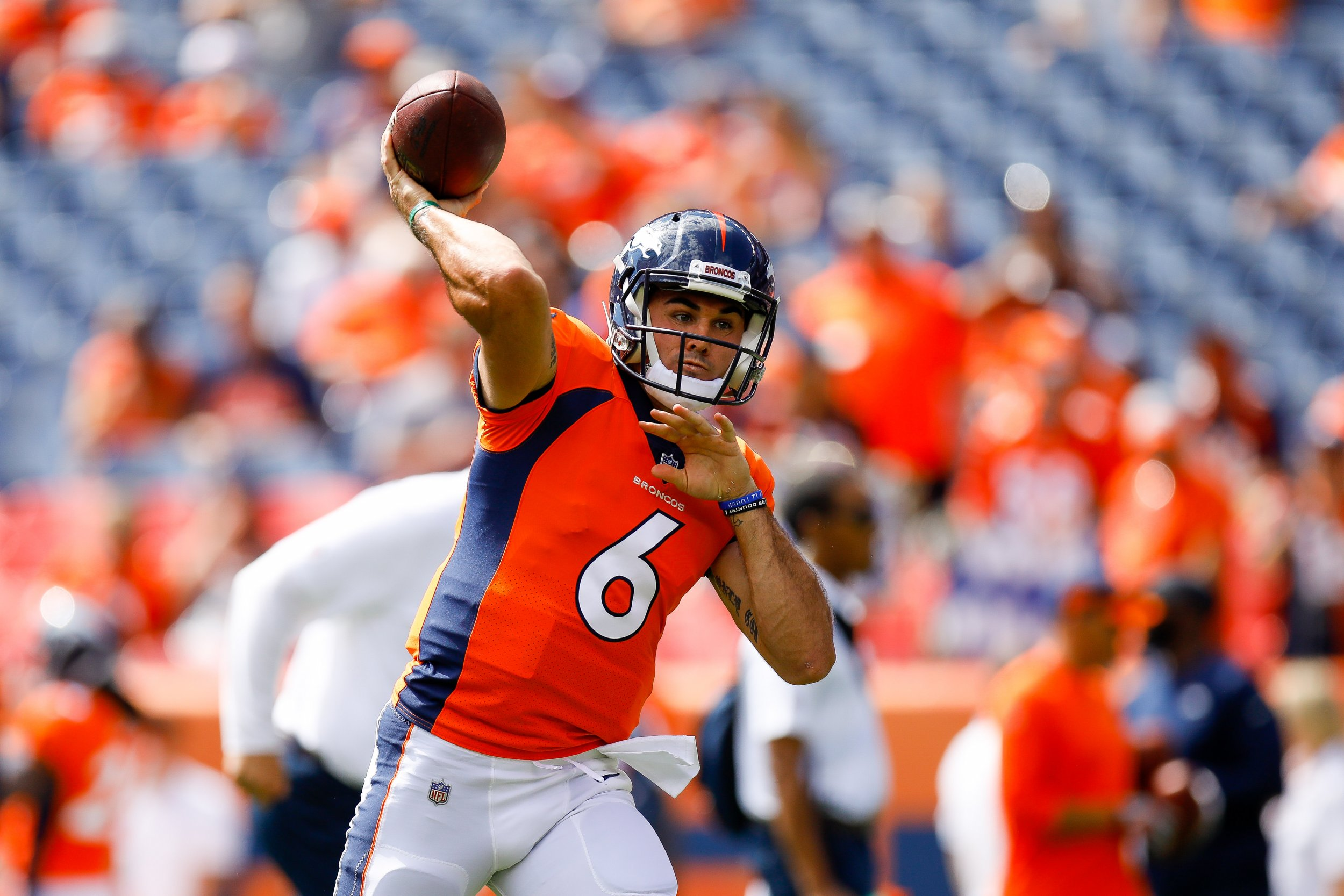 huge discount 69775 42b3e Who is Chad Kelly? A Look at the Denver Broncos QB, Jim ...