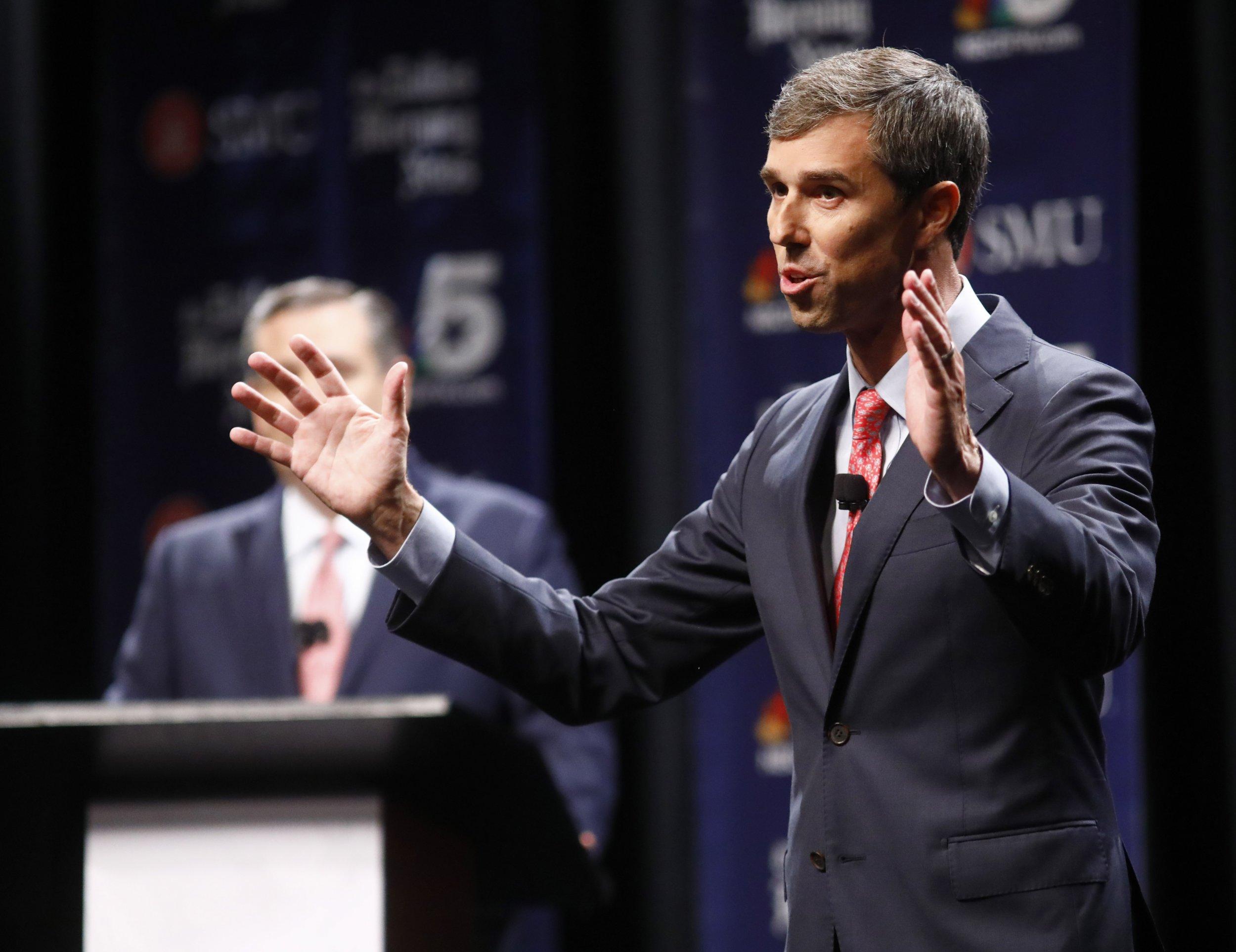 Houston Chronicle Endorses Beto O'Rourke, Breaks From Past Conservative Endorsements