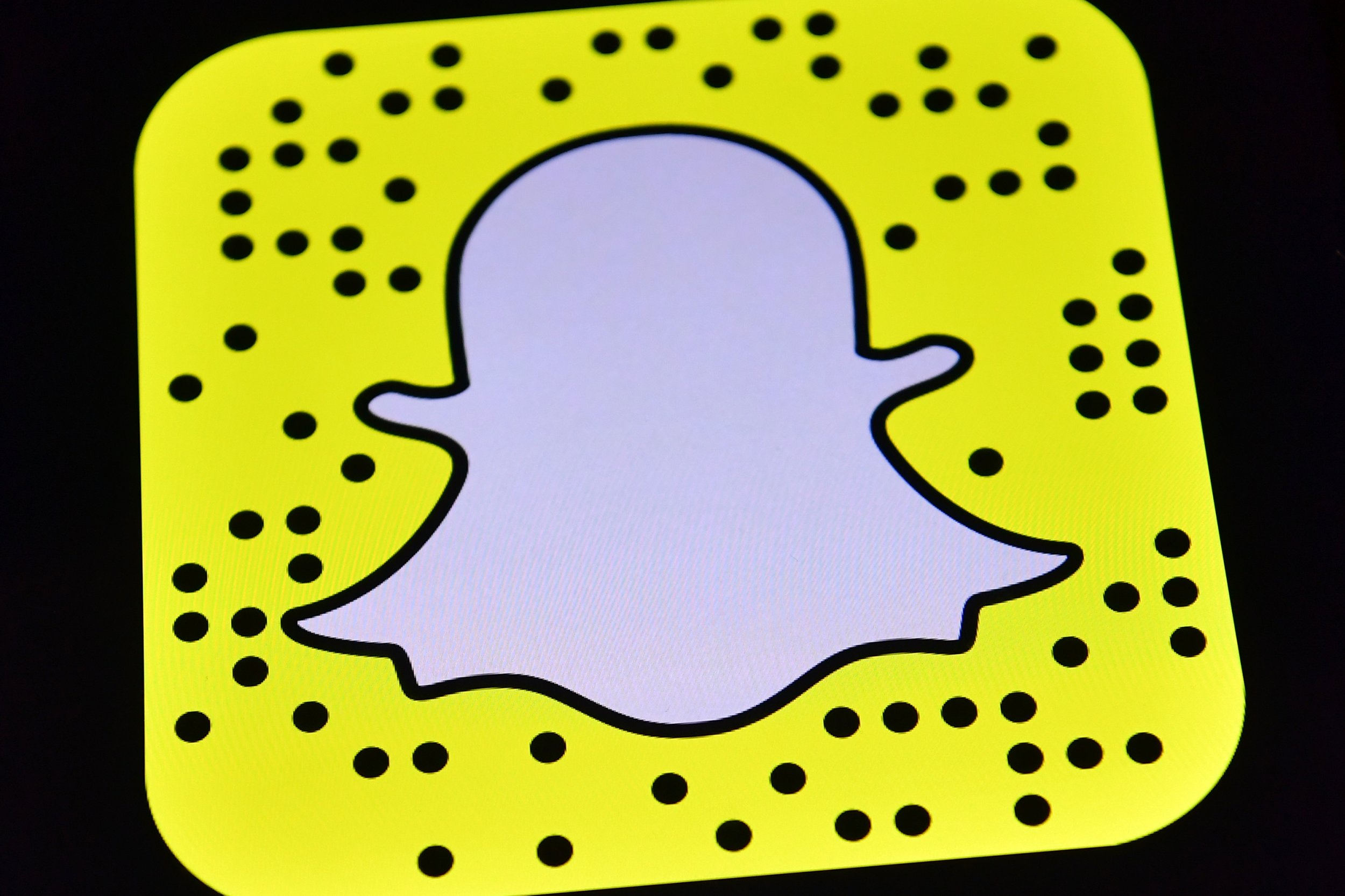 What Does The Heart Mean On Snapchat Snapchat Emoji Meanings For