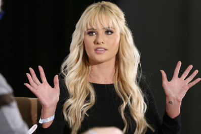 Tomi Lahren Defends Megyn Kelly on Twitter