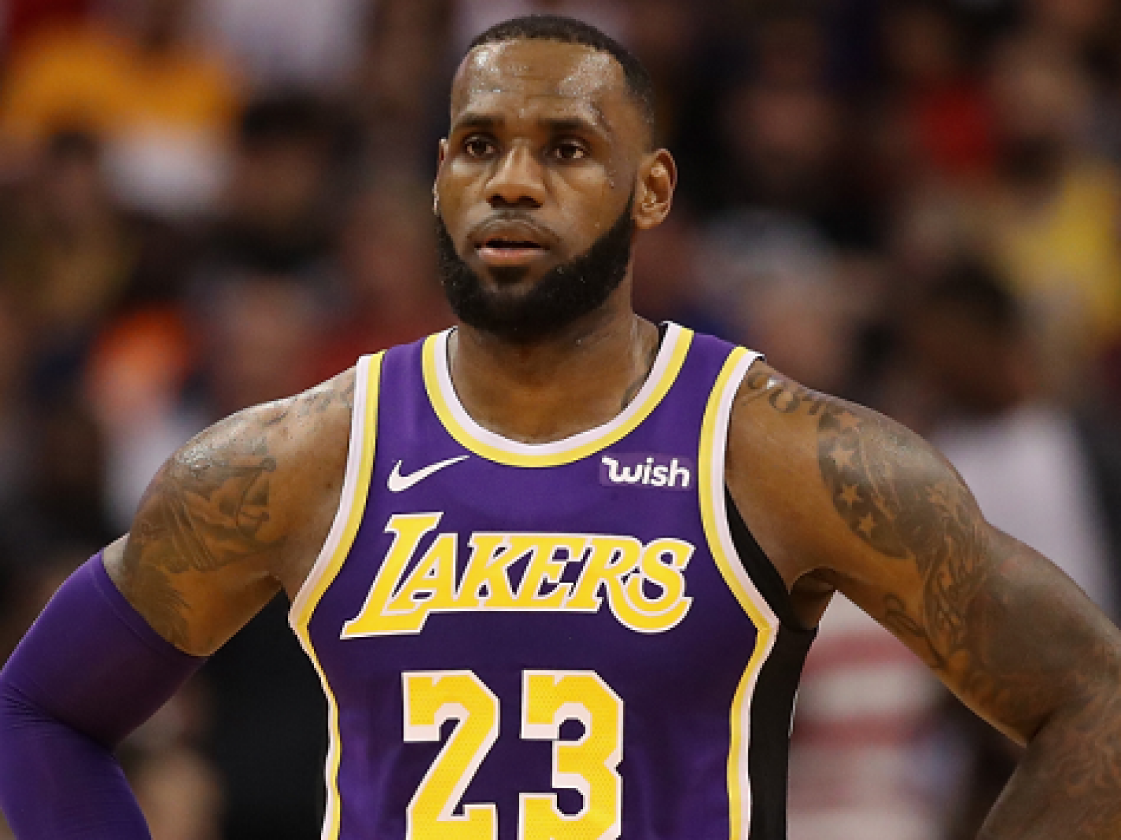 timeless design 2e291 a6622 LeBron James Wore a Beto O'Rourke Hat at Lakers Game Against ...