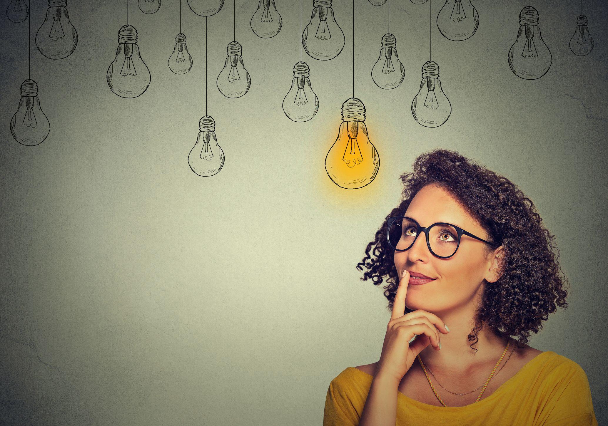 think-idea-light-bulb-stock