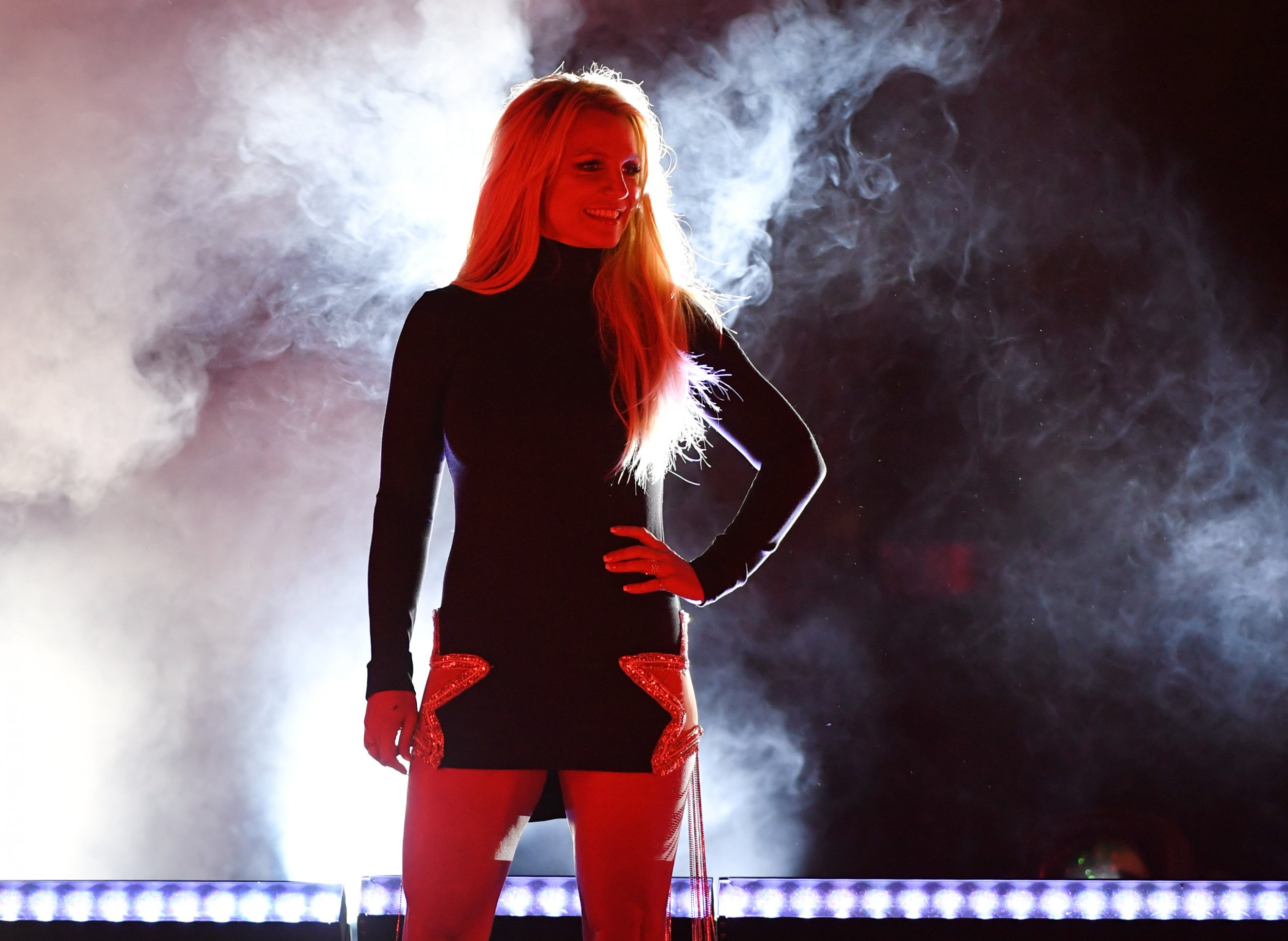 Britney Spears Tweets Cryptic Message