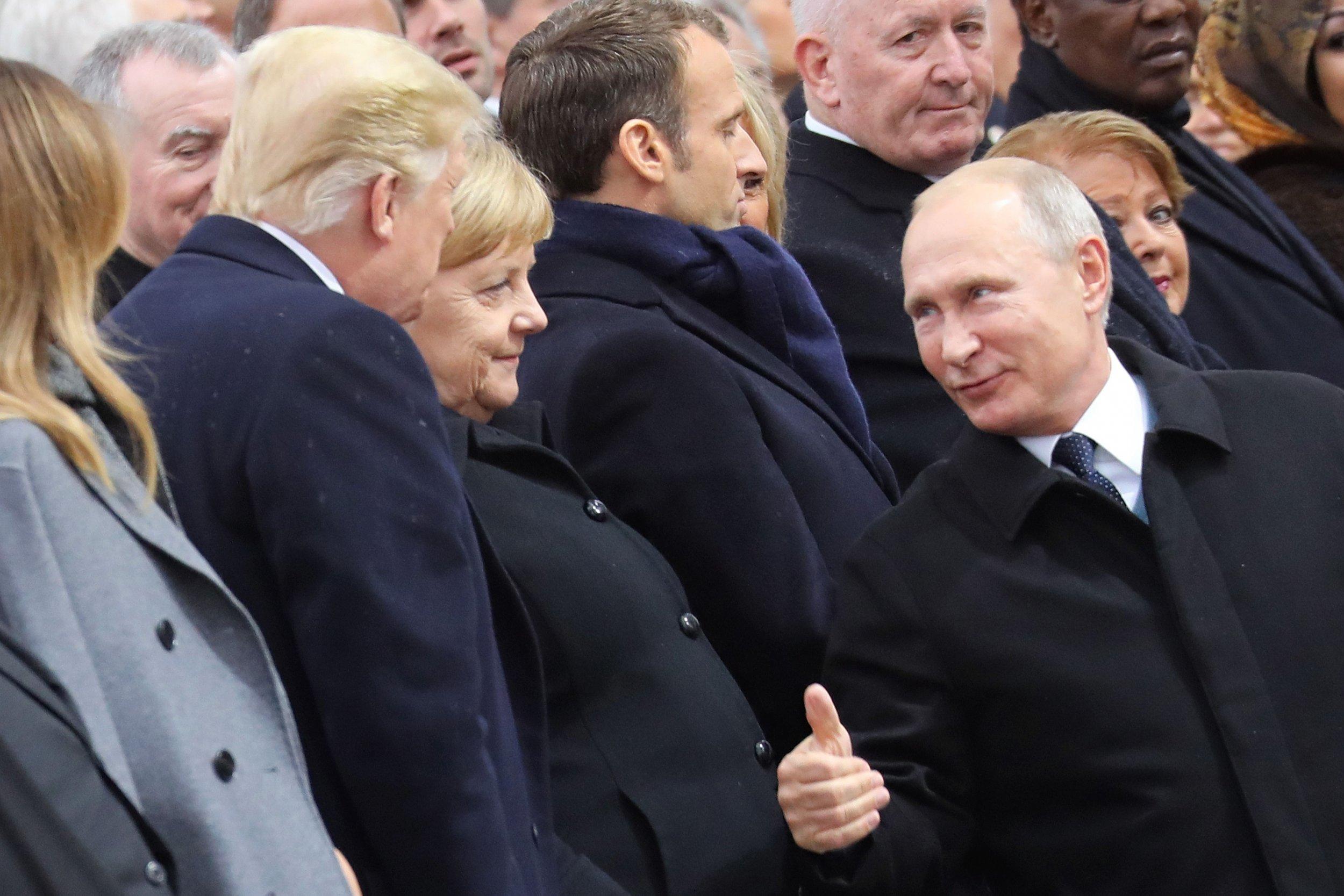 Trump Putin Paris