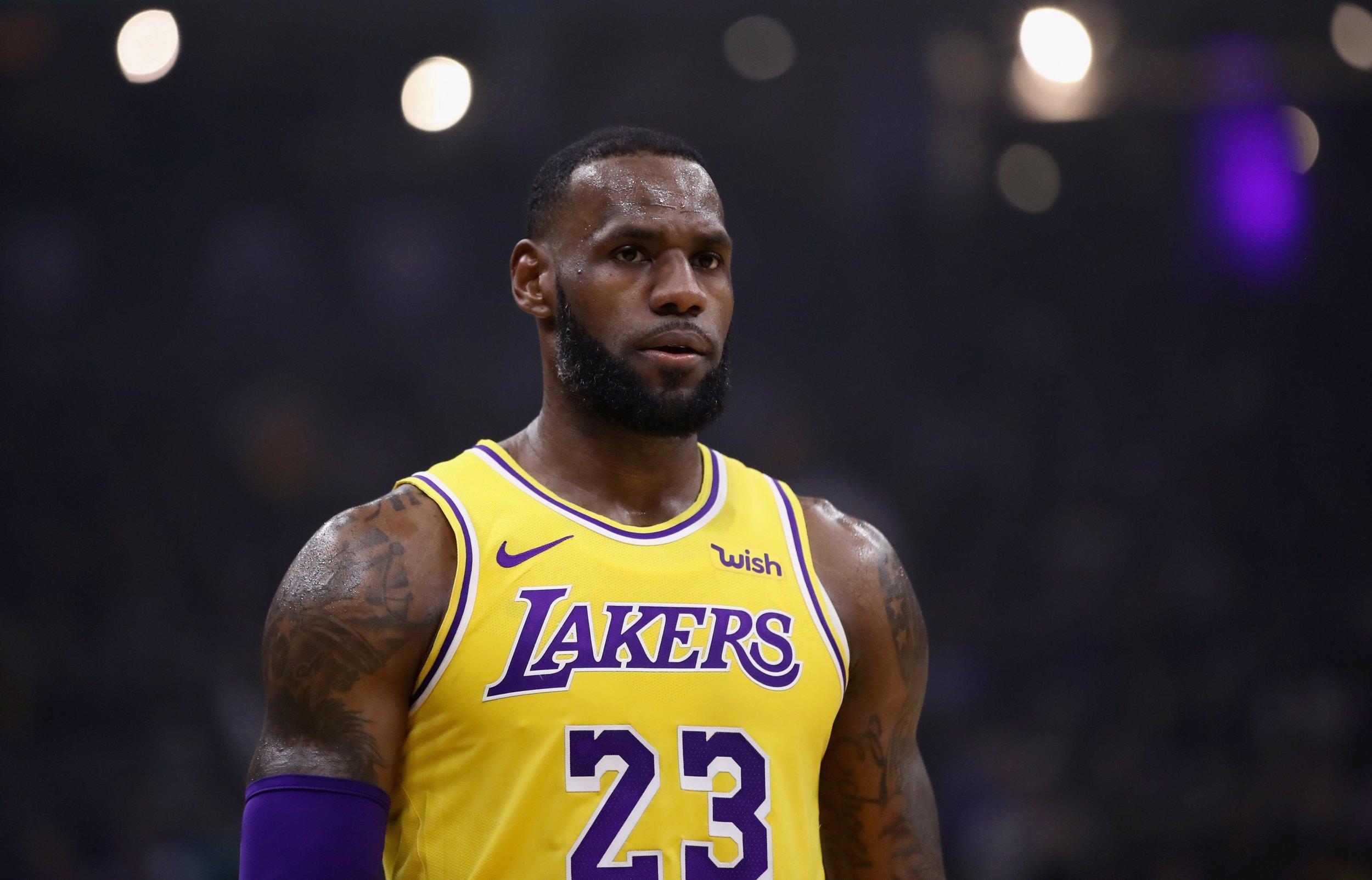 LeBron  Is Garbage   James Cops Criticism Despite Lakers  Narrow Win fc8cd1059