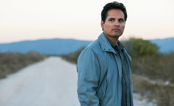 Michael Peña Dishes on 'Narcos: Mexico' Season 1