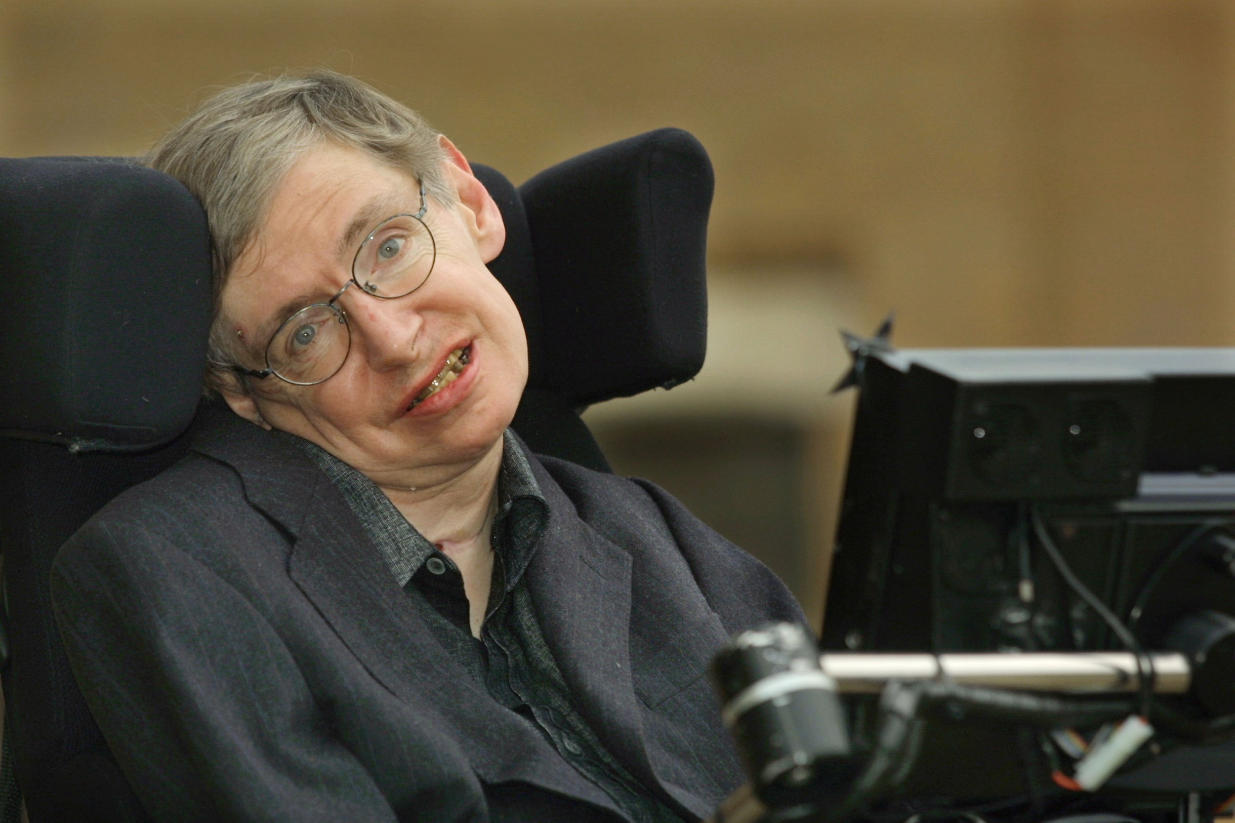 11_13_Stephen Hawking