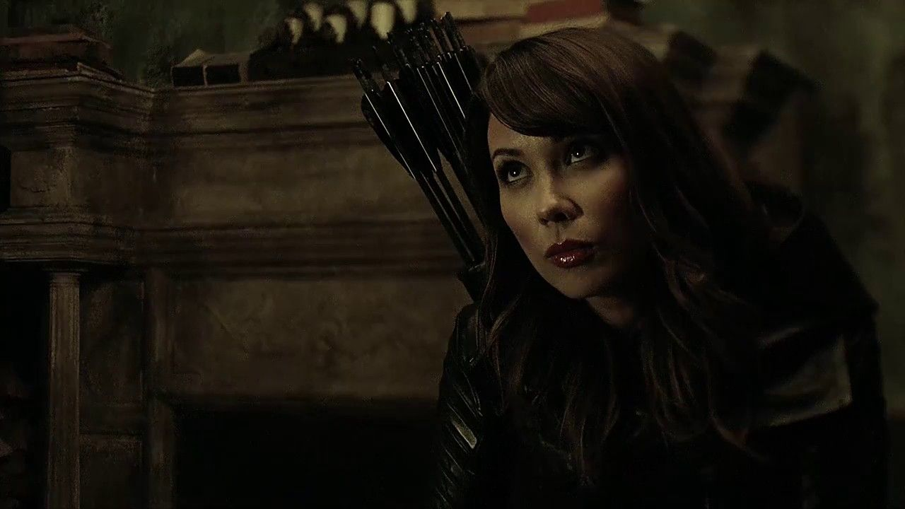 Talia_Al_Ghul_arrow season 7 lexa doig