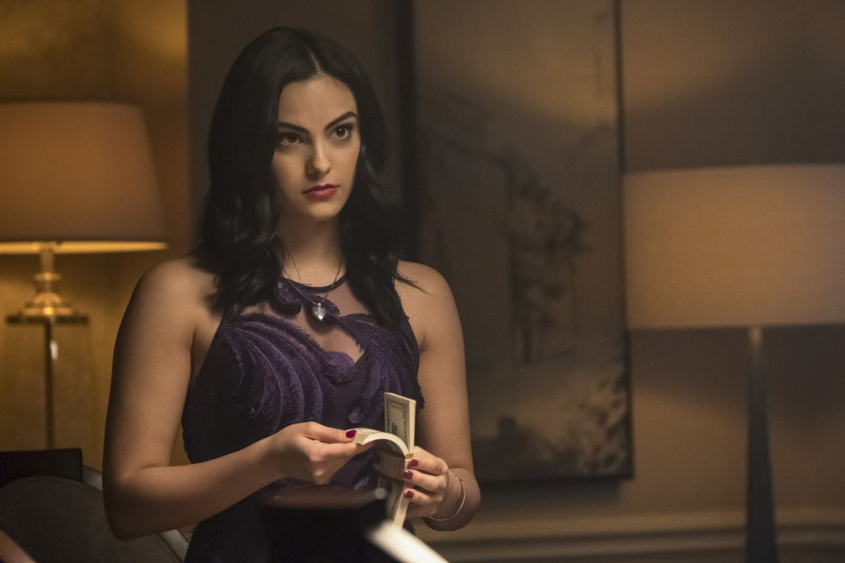 Camila Mendes on Veronica Lodge, Gryphons and Gargoyles