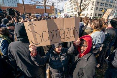 amazon protest LIC