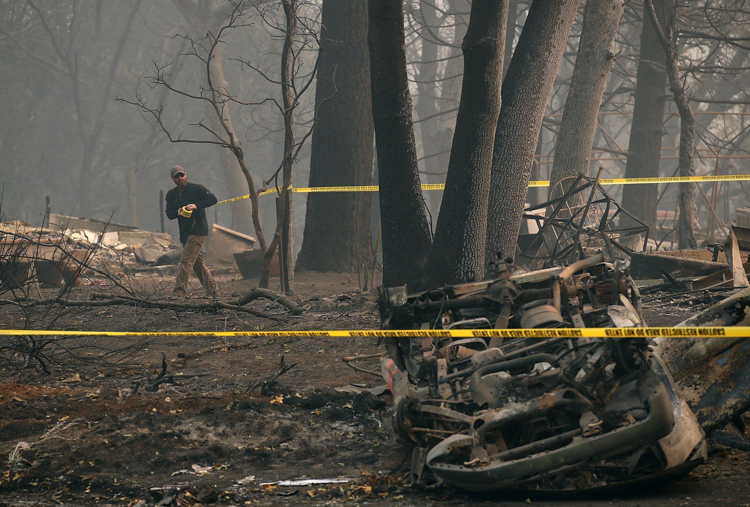 11_17_18_WildfiresContainment