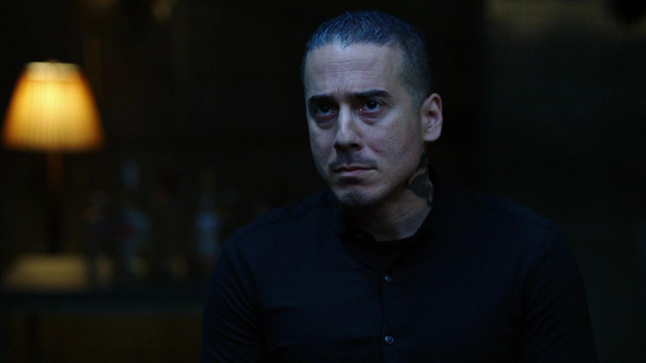 arrow season 7 villain ricardo diaz prison