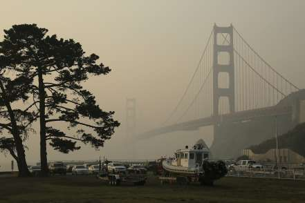 Smoke in air San Francisco Bay core_breaking_now_medium