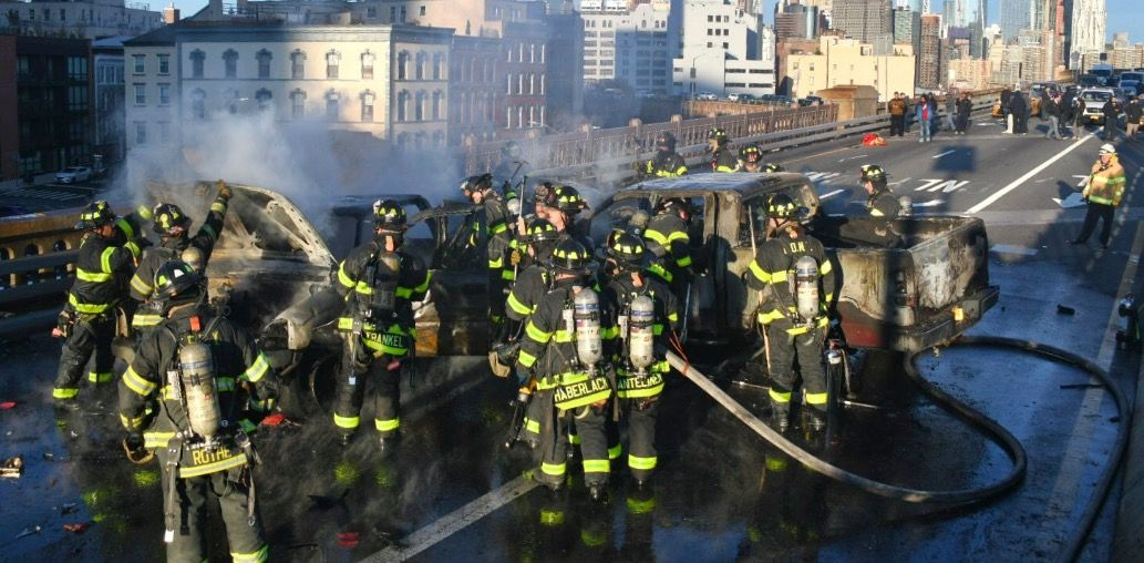 brooklyn bridge fire crash