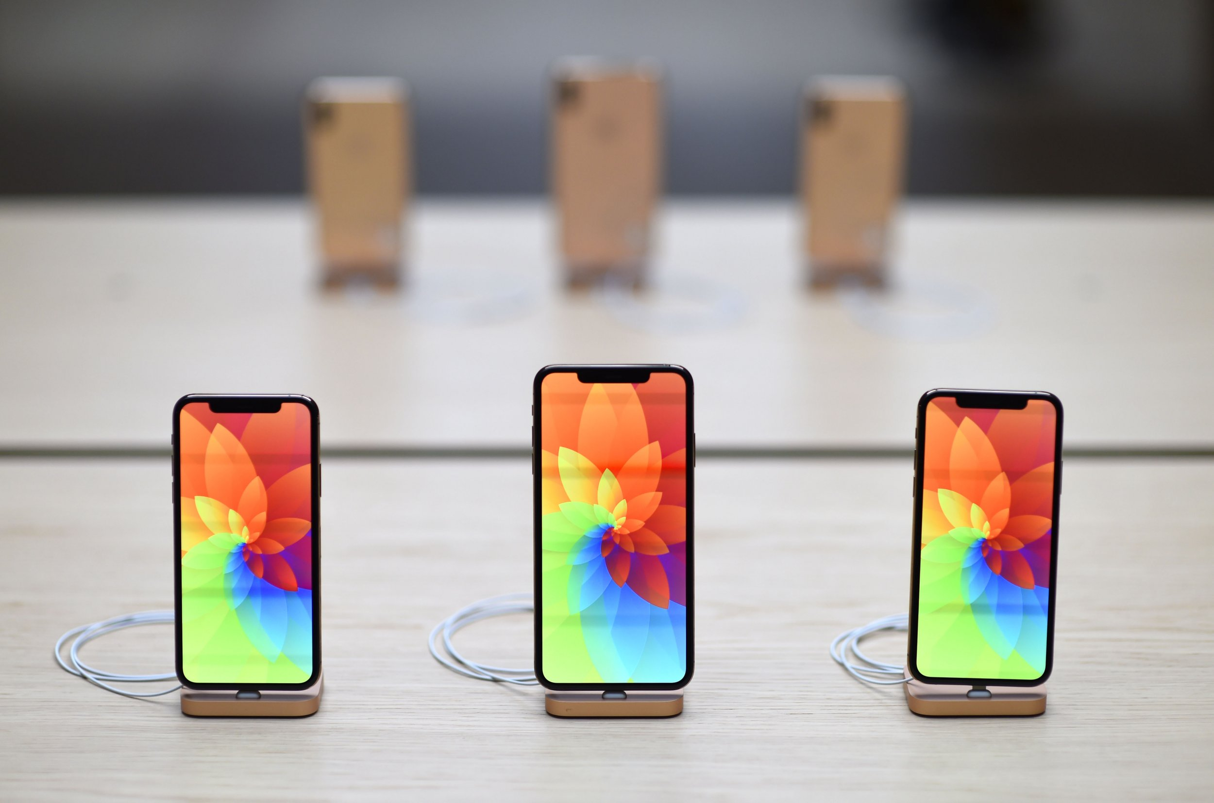 Apple Black Friday Cyber Monday 2018 Deals Apple Watch Iphone Xs Macbooks Ipads Sales Announced