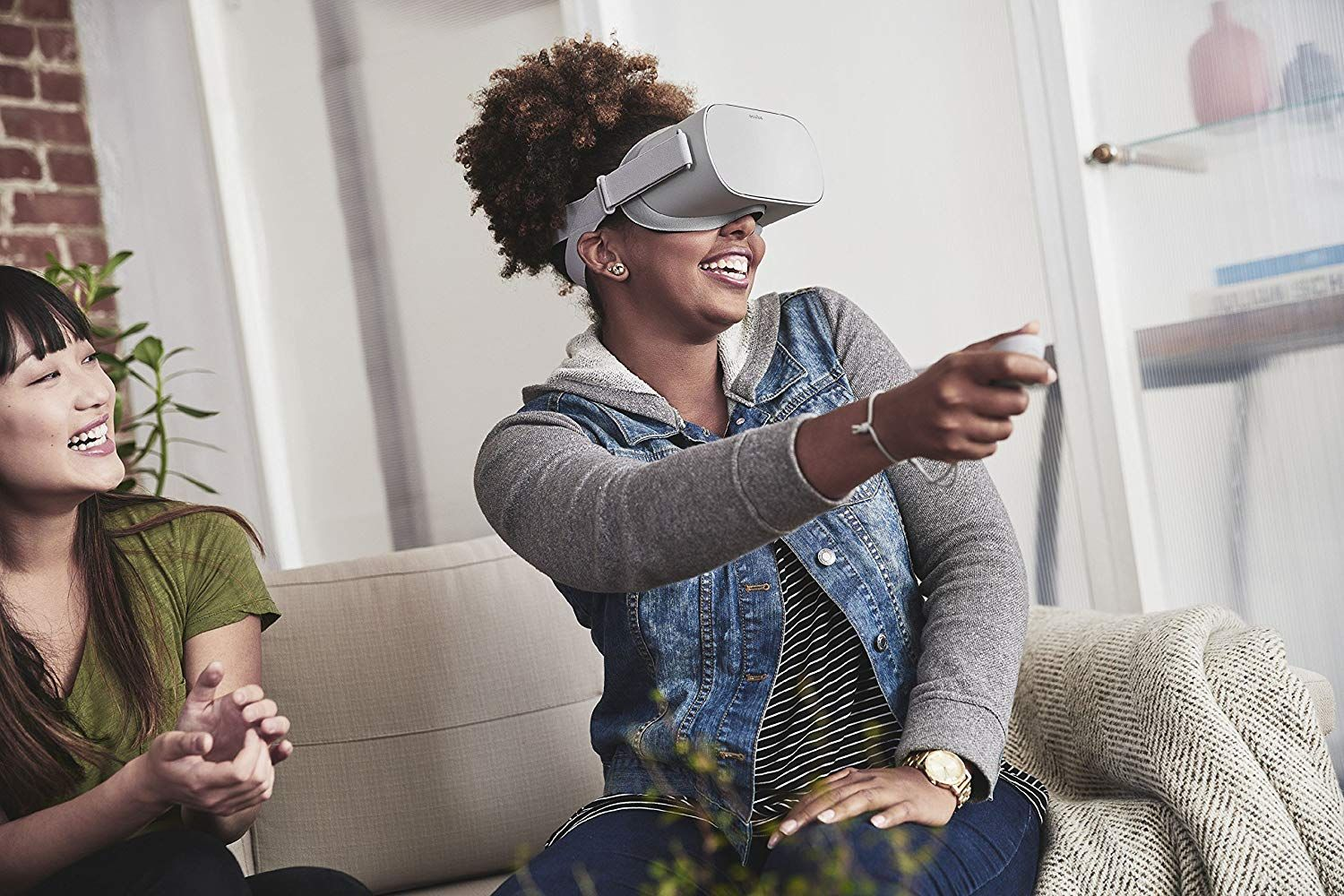 21 Cyber Monday - Oculus Go Standalone Virtual Reality Headse