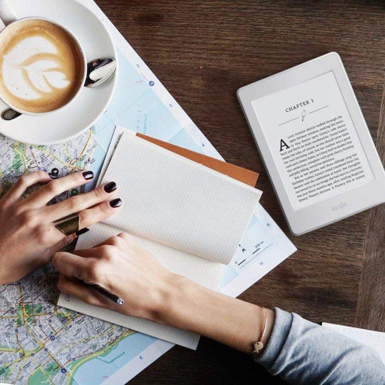 40 Cyber Monday - Kindle Paperwhite E-reader