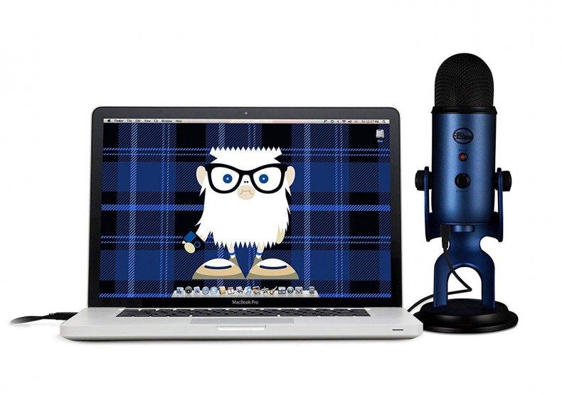 30 Cyber Monday - Blue Yeti USB Microphone