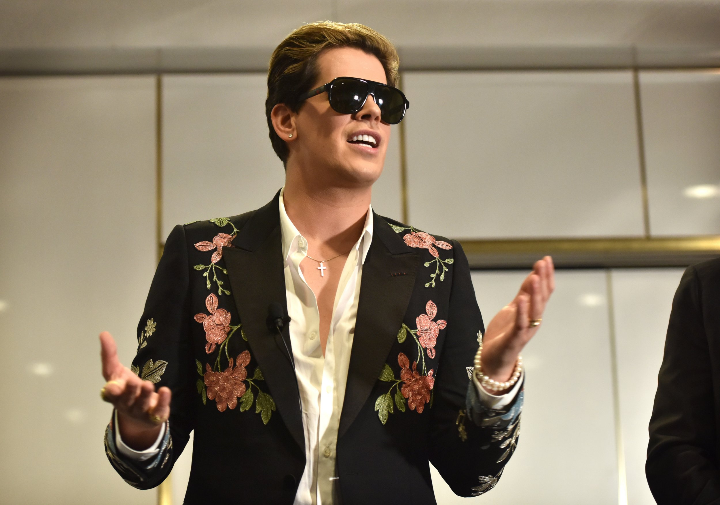 Milo Yiannopoulos Wedding.Milo Yiannopoulos Is Allegedly More Than 2 Million In Debt