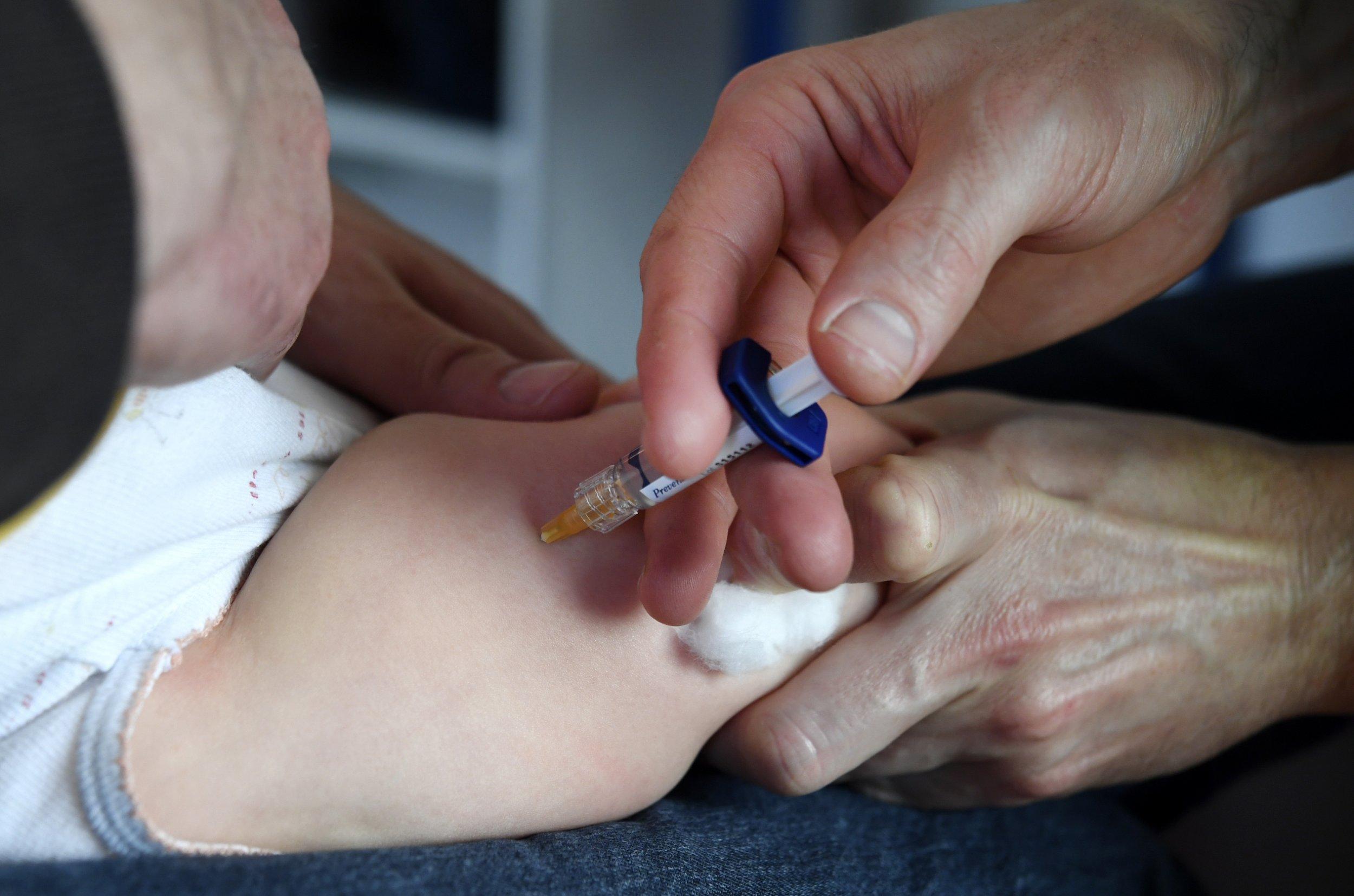 Anti-vaccine Italian government sacks entire health expert board