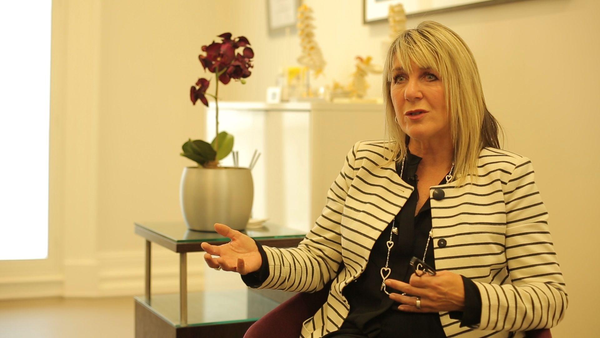 Dr Angela Gregory