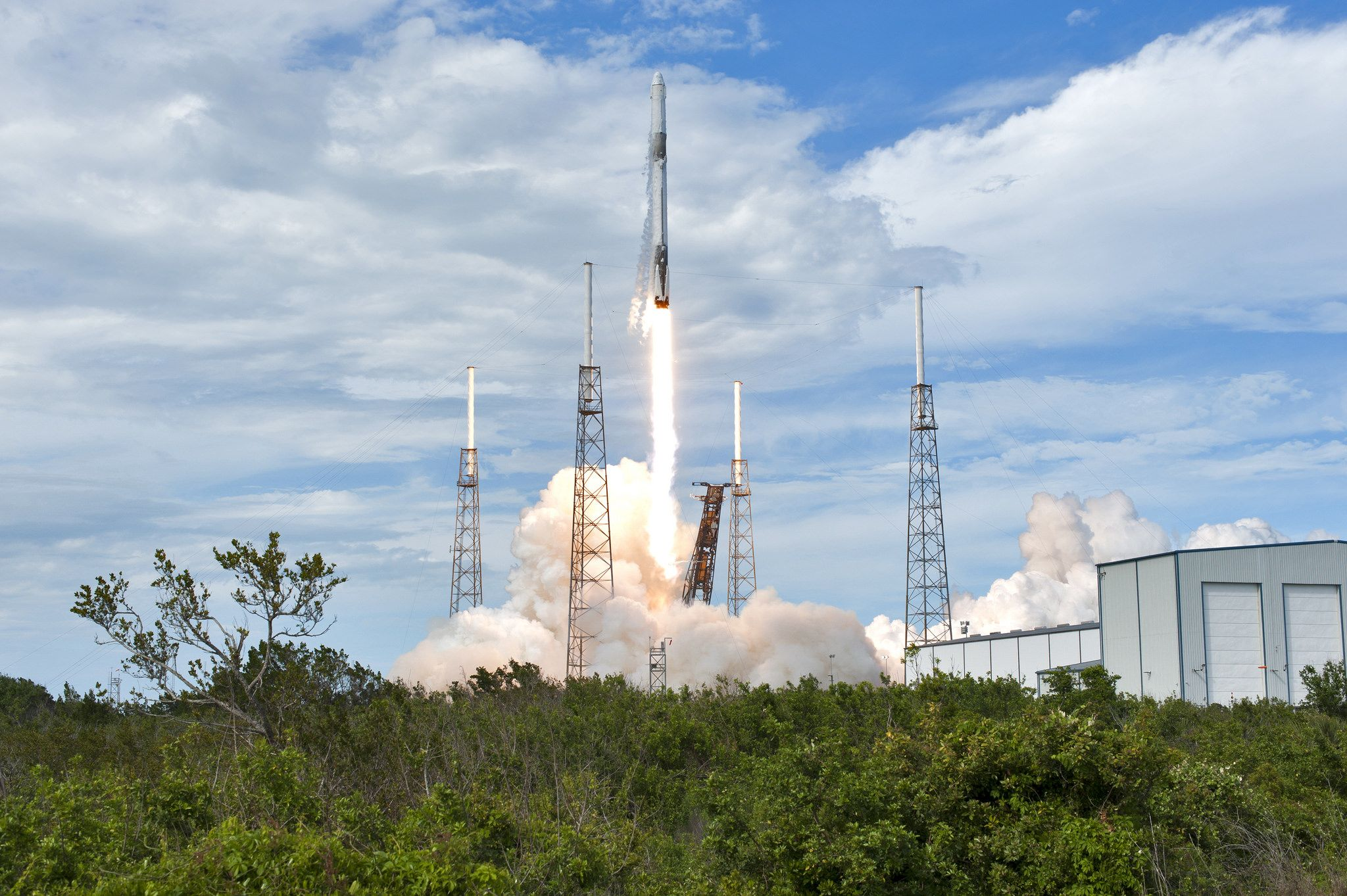 SpaceX-CRS-14-Launch-on-Pad