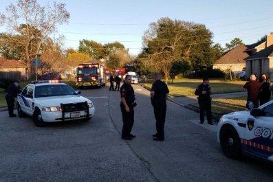 Dtm485XVYAAbbE7 harris county precinct crime scene in Humble Texas