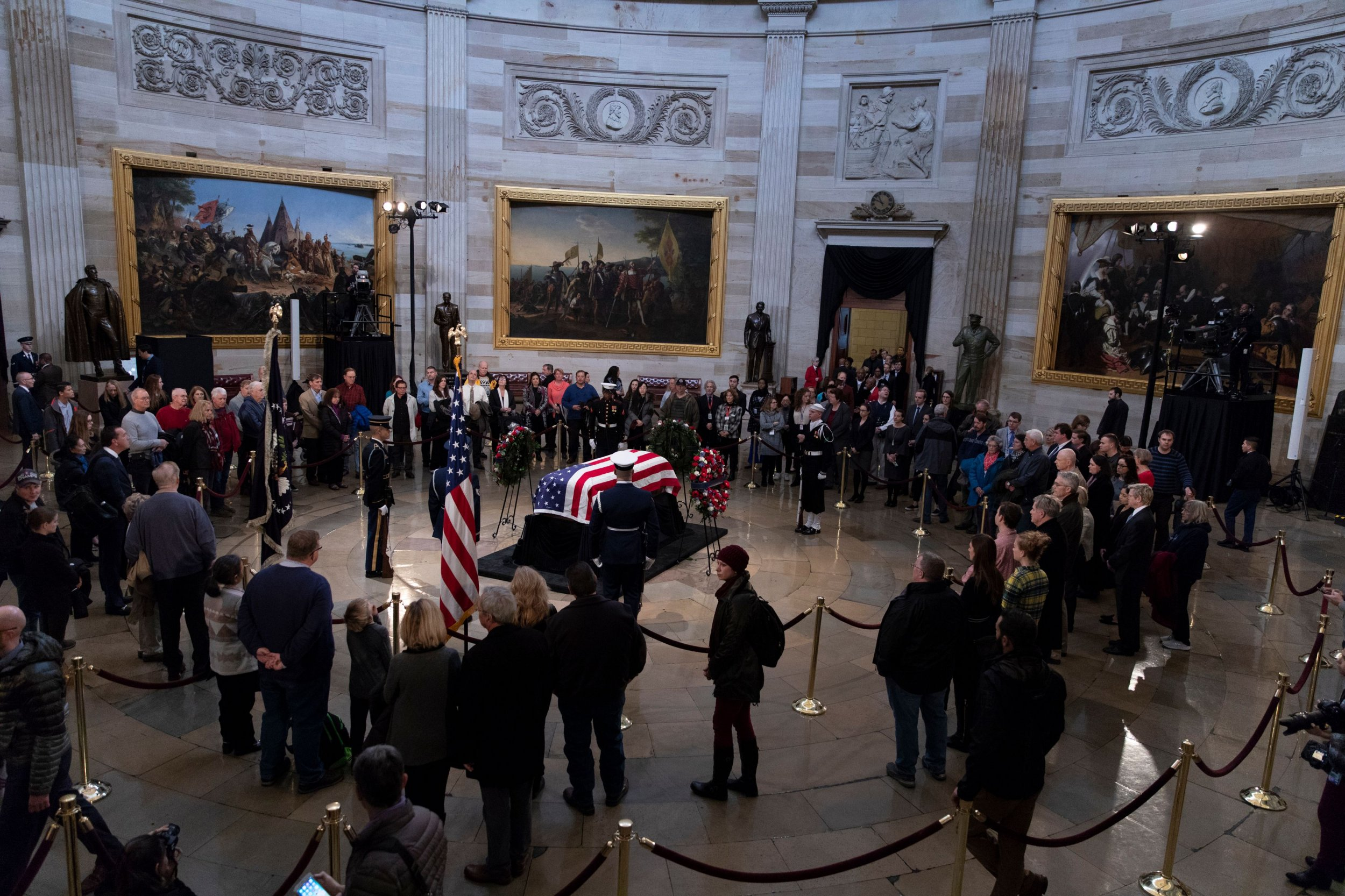 george h.w. bush funeral time, who's attending