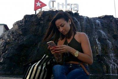 Cuba phones internet