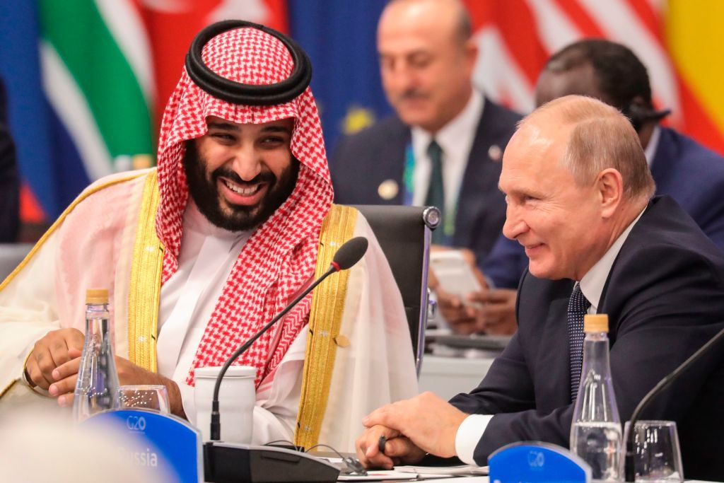 """""""We Can Kill Journalists"""": Putin's high-five with Saudi prince is a """"snapshot of the future,"""" MSNBC panel warns"""
