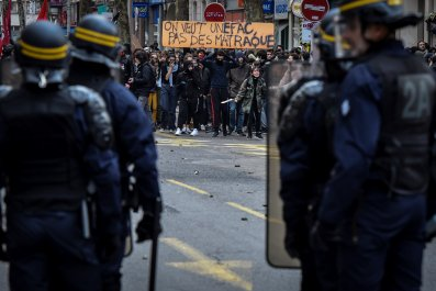 France High School protests arrests riot police