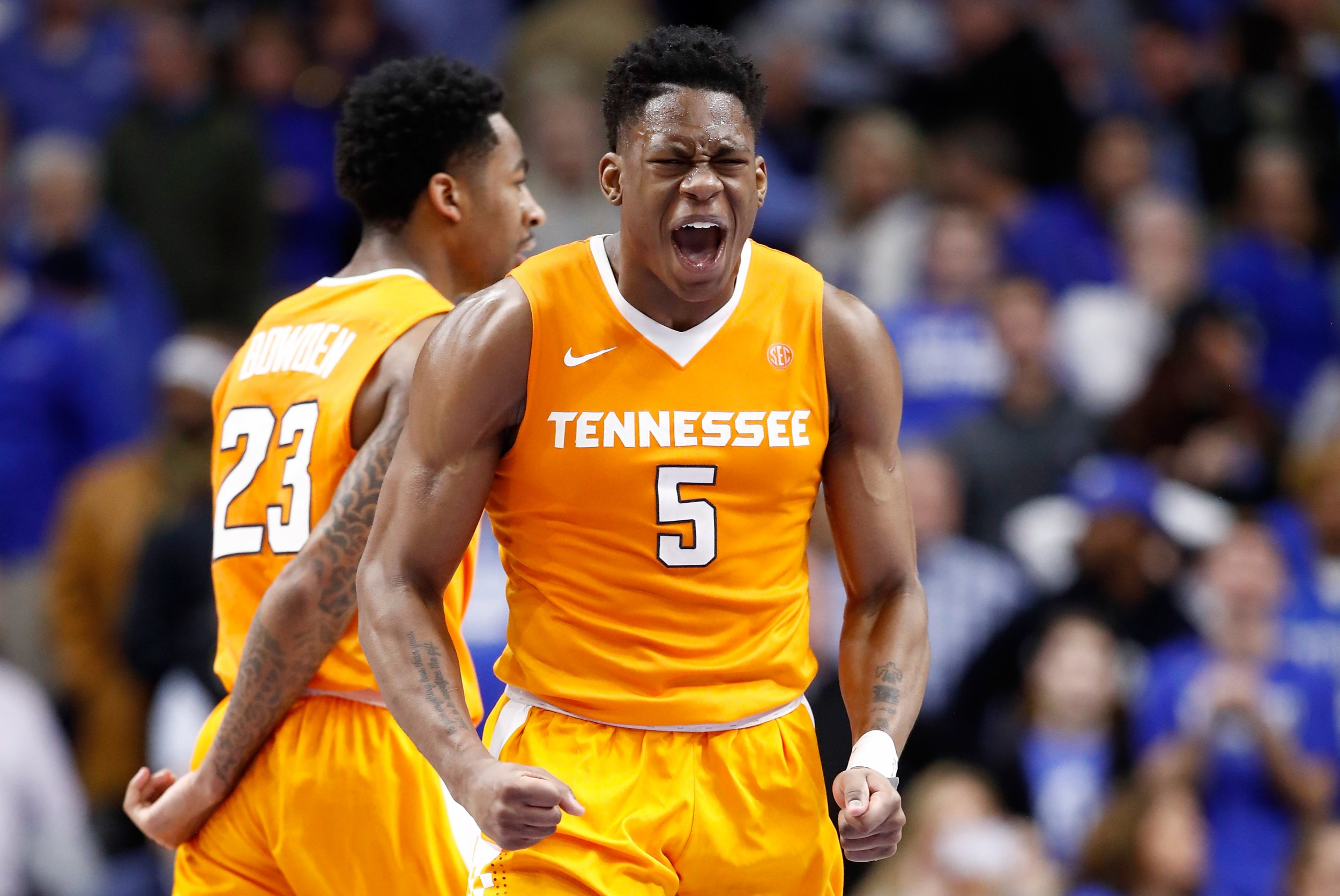 7a44bab2855 Who is Admiral Schofield? Senior Forward Leads Tennessee Over No. 1 Gonzaga