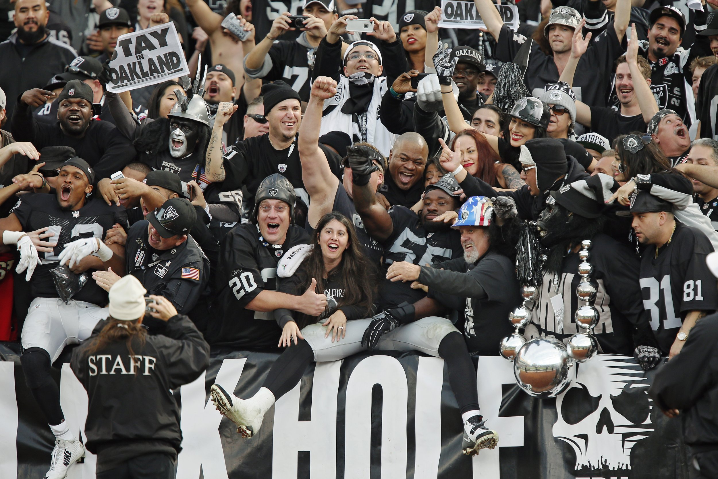 Oakland Raiders Black Hole Fans