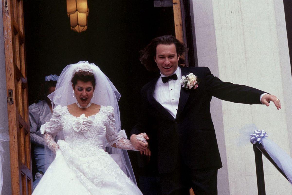 2 1401234504000-GREEK-WEDDING